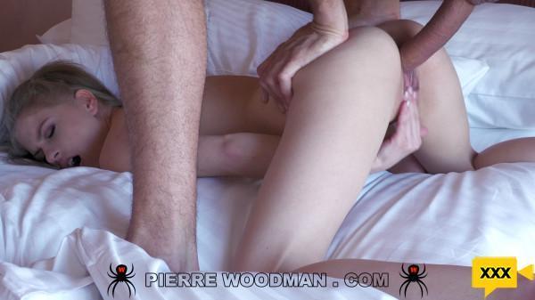 Woodman Casting X - Bonnie Dolce