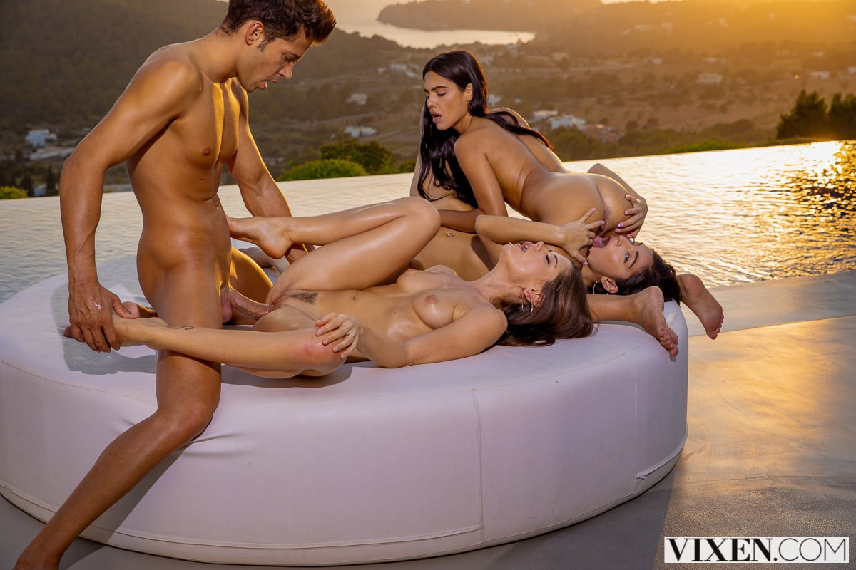 Vixen – Emily Willis, Little Caprice & Apolonia Lapiedra Better Together